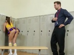 Saucy Cheerleader Teen Will Regret For Provoking Coach This Much