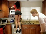 Giving Help To Girlfriends Mom In Kitchen Was Unforgettable Experience