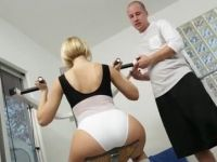 Mouthwatering Teenage Gym Instructor Could Not Resist Milfs Bubble Butt