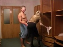Cleaning Girlfriends Mom Gets Surprised From Behind By Immodest Daughters Boyfriend